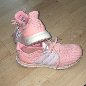 Youth size 6= woman's 7.5